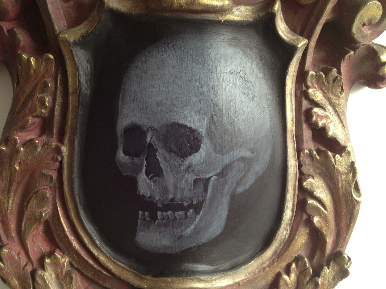 Finished grey scale skull.
